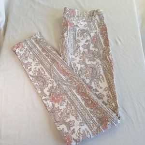 H&M patterned/floral jeans.